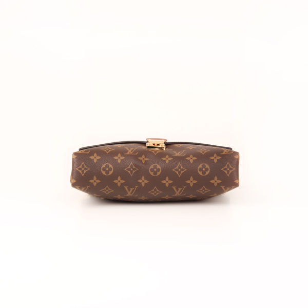 Imagen de la base del bolso louis vuitton pallas negro monogram