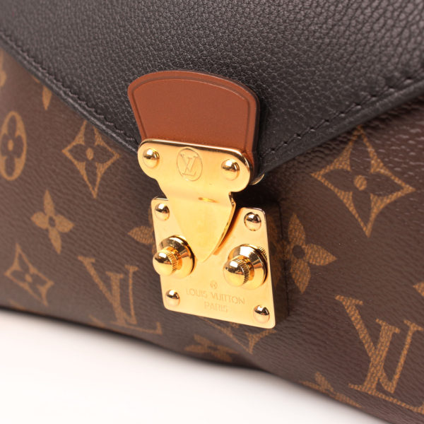 Clasp image of louis vuitton bag pallas black monogram