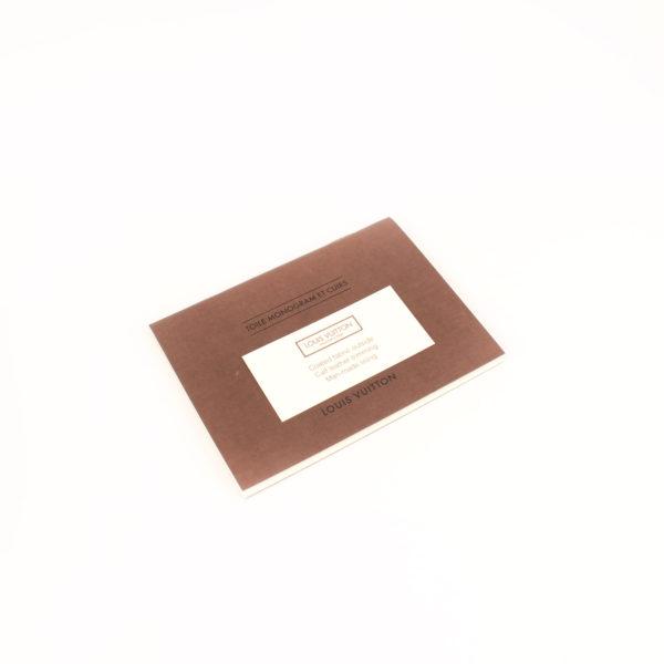 Imagen de las tarjetas del bolso louis vuitton pallas negro monogram