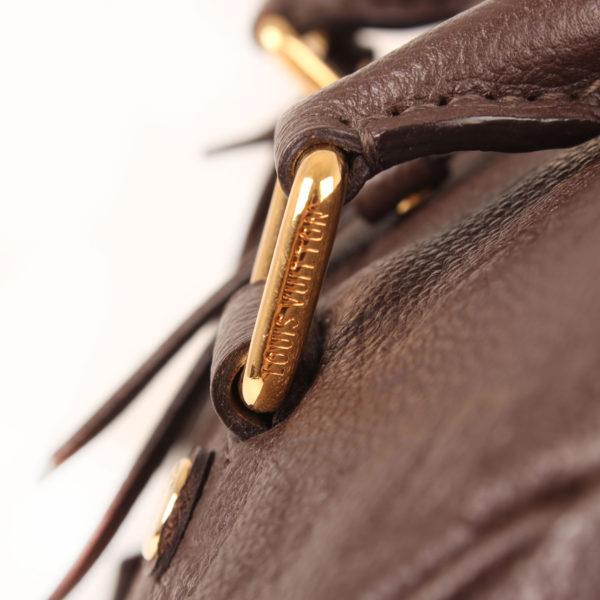 Imagen de los herrajes 2 del bolso louis vuitton speedy embossed