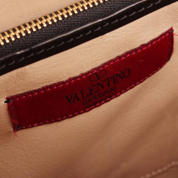 Imagen de la marca del bolso valentino croco negro