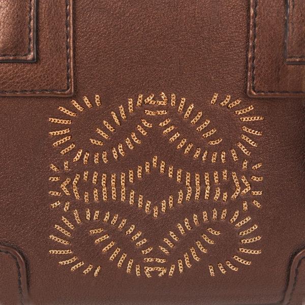 Imagen del logo del bolso loewe amazona mini