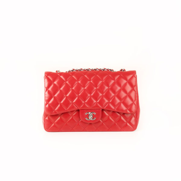 Imagen frontal bolso chanel jumbo rojo