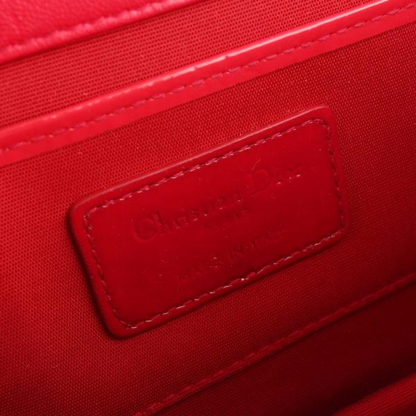Imagen de la etiqueta del bolso dior evening rojo