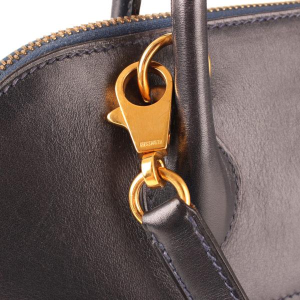 Imagen del herraje del bolso hermes bolide azul