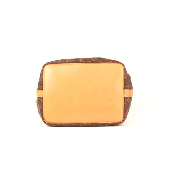 Imagen de la base del bolso louis vuitton noe monogram