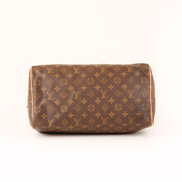 Imagen de la base del bolso louis vuitton speedy 35 monogram