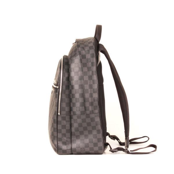 Imagen del lado 2 de la mochila louis vuitton michael