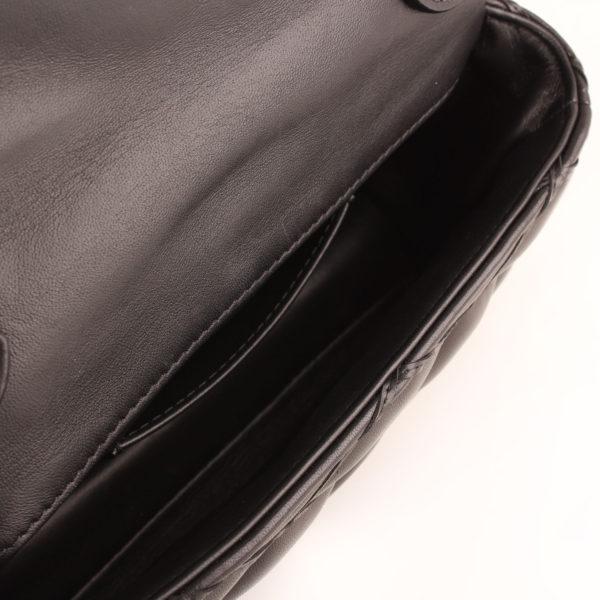 bolso-louis-vuitton-go14-piel-negro-cadena-interior