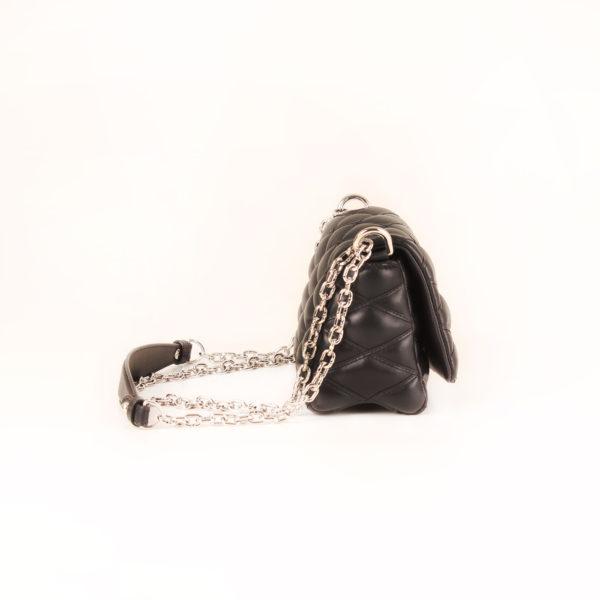 bolso-louis-vuitton-go14-piel-negro-cadena-lateral