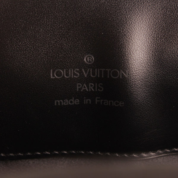 bag-louis-vuitton-reverie-epi-black-brand