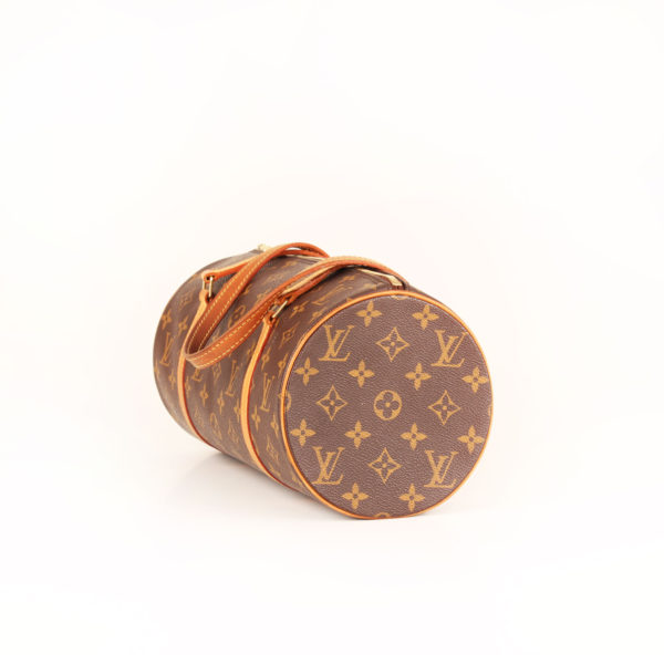 boso-lv-papillon-monogram-general-2