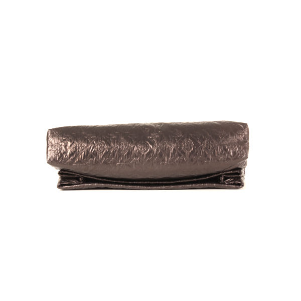 clutch-louis-vuitton-limelight-gm-metallic black-base