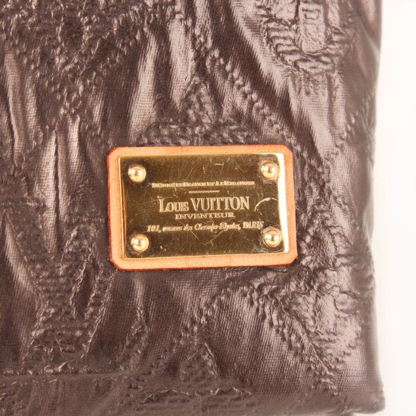 clutch-louis-vuitton-limelight-gm-metallic-black-plate