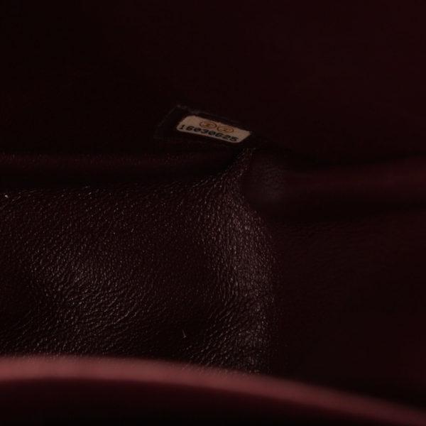 Imagen del serial del bolso de chanel double flap timeless maxi en piel de cordera negra