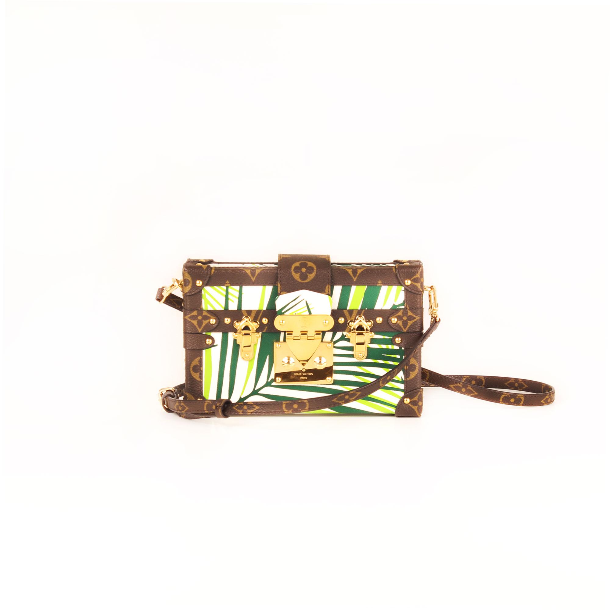 Imagen frontal del bolso louis vuitton petite malle