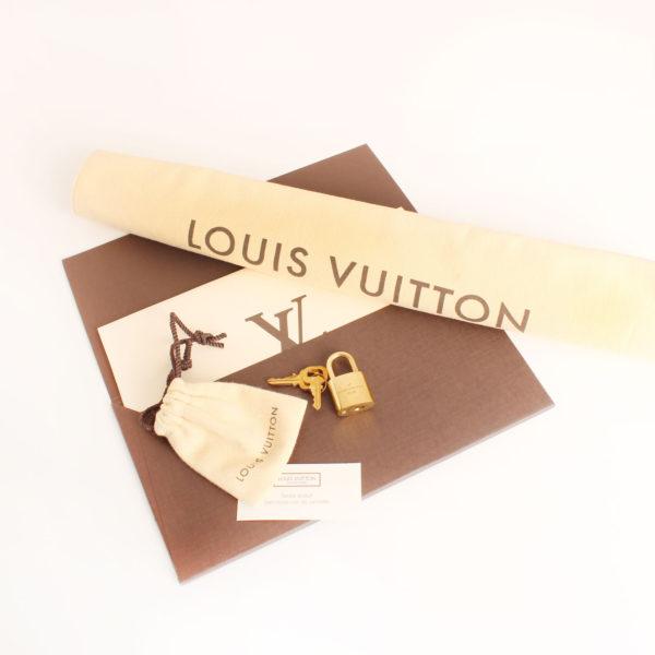 bag-louis-vuitton-speedy-25-damier-azur-accessories