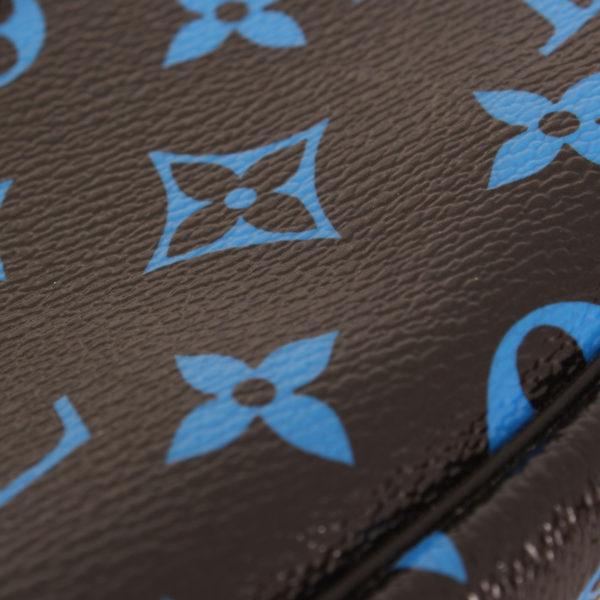 louis-vuitton-pochette-mini-accessoires-monogram-azul-negro-detalle