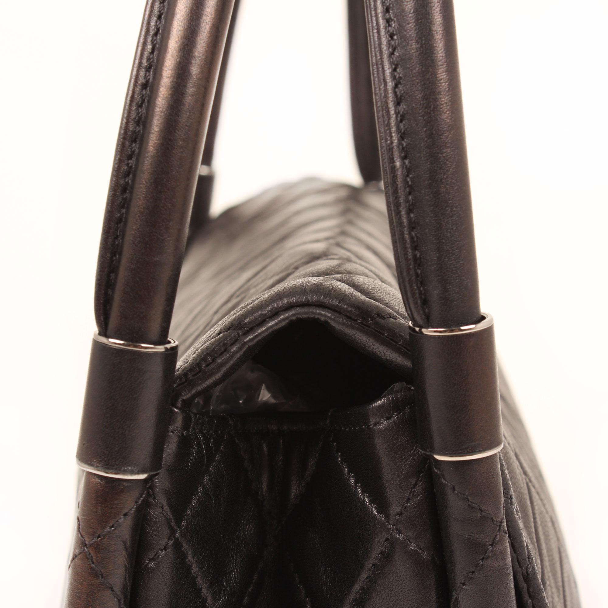 bag-chanel-hula-hoop-black-handles