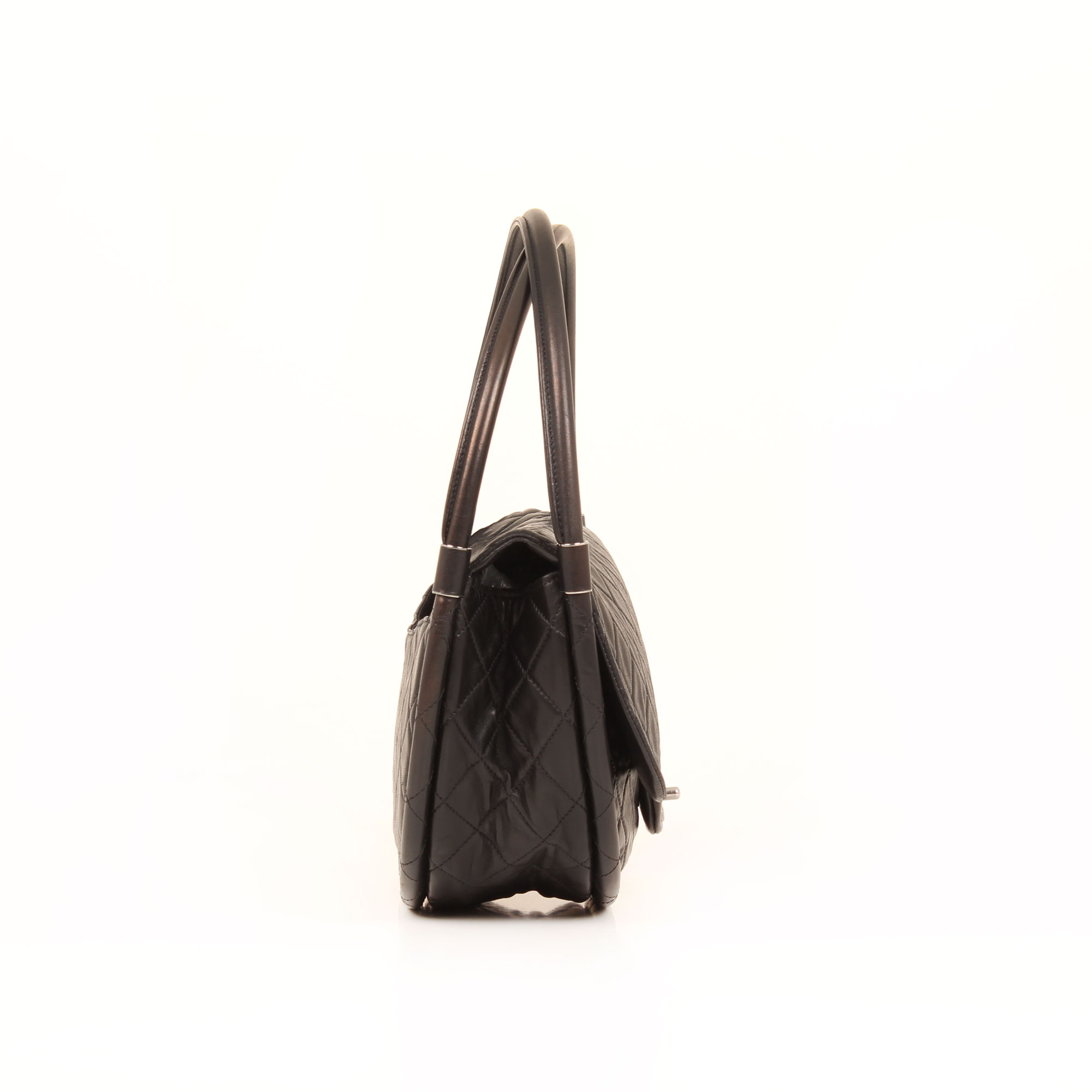 bag-chanel-hula-hoop-black-side