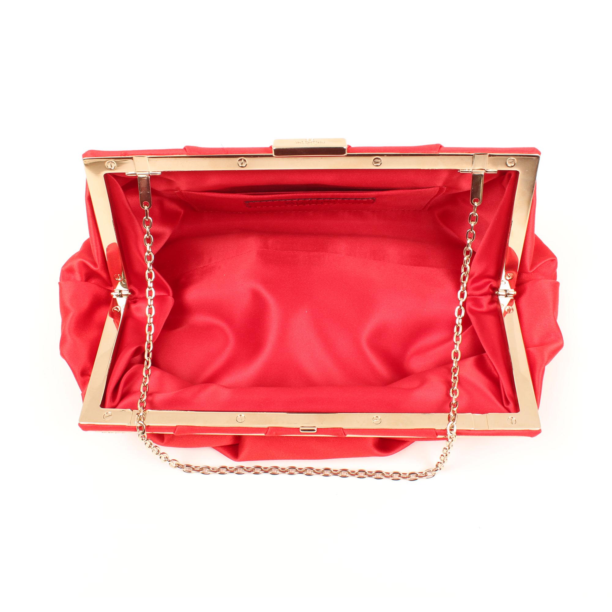bolso-clutch-valentino-rojo-saten-interior