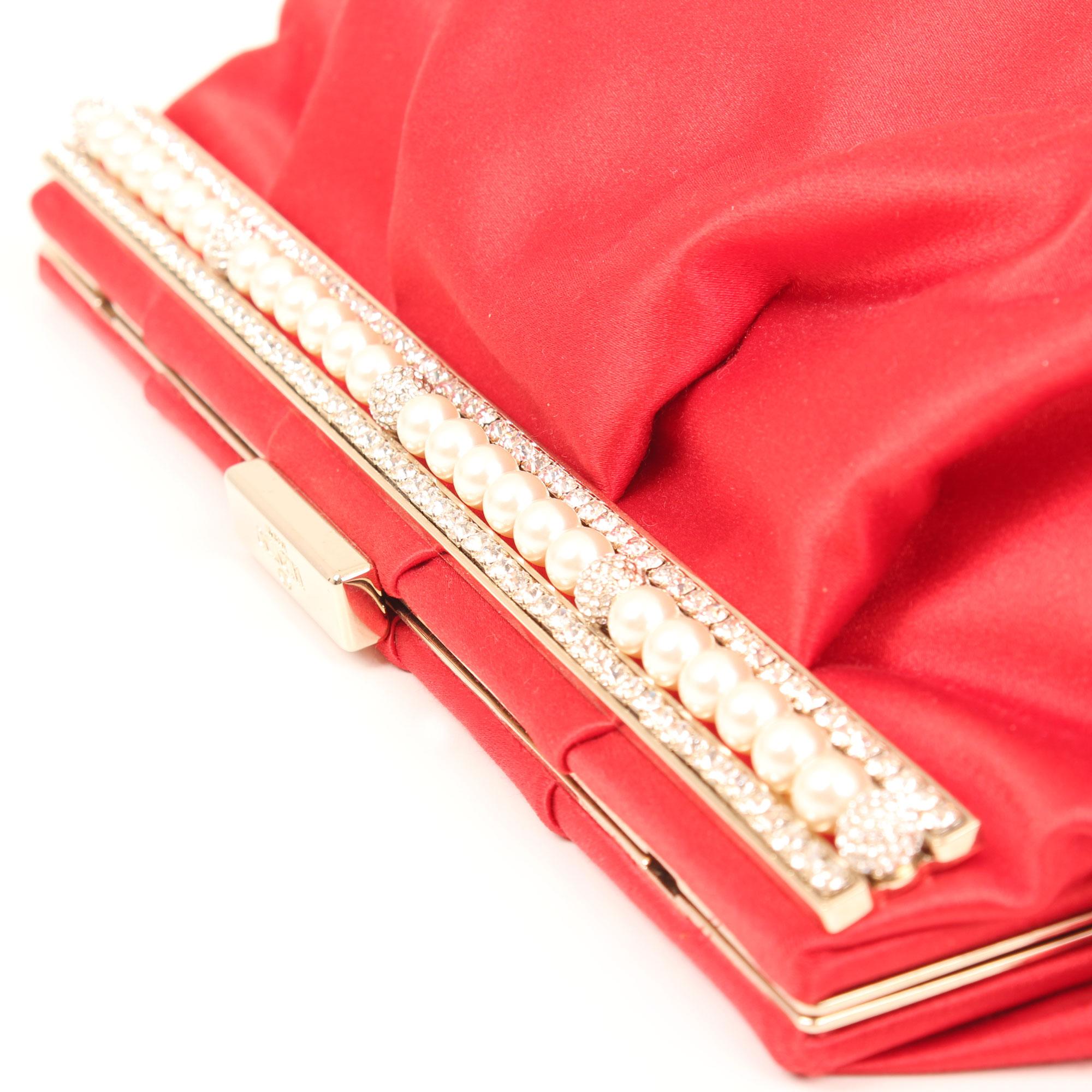 bolso-clutch-valentino-rojo-saten-perlas