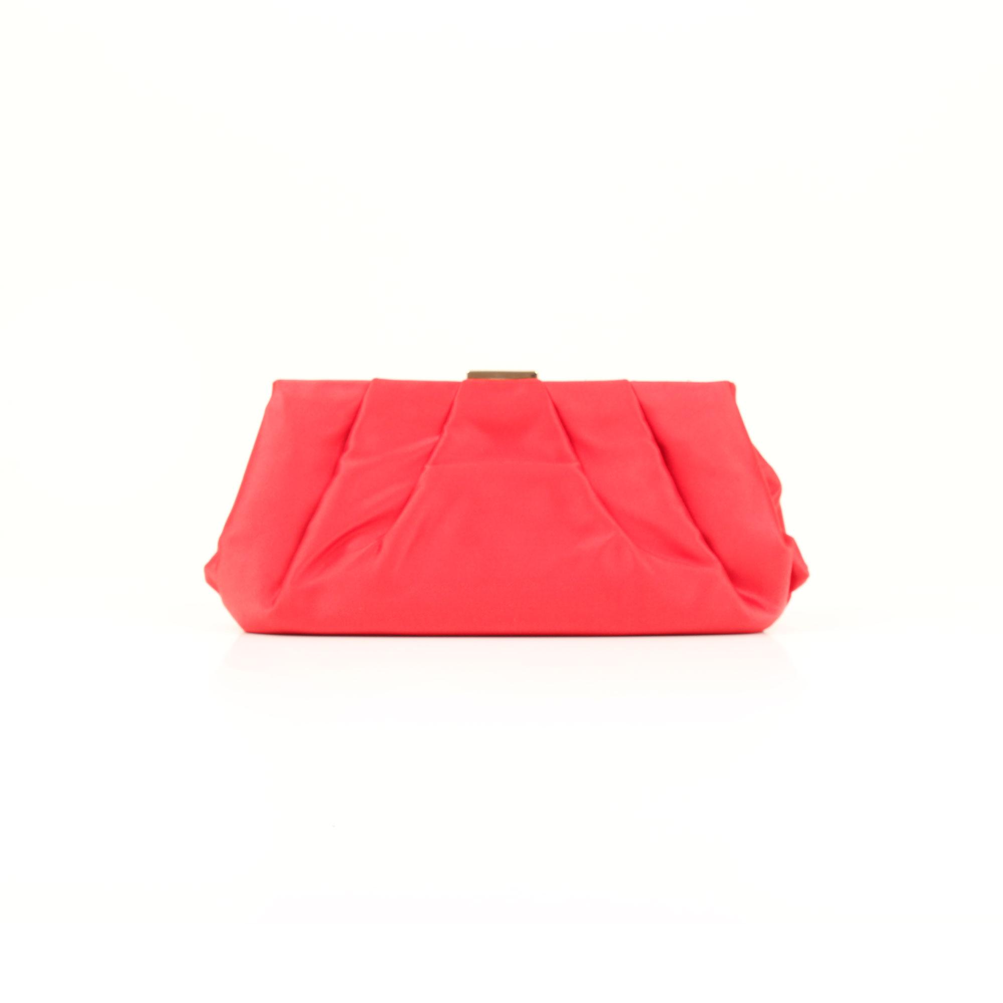 bolso-clutch-valentino-rojo-saten-trasera
