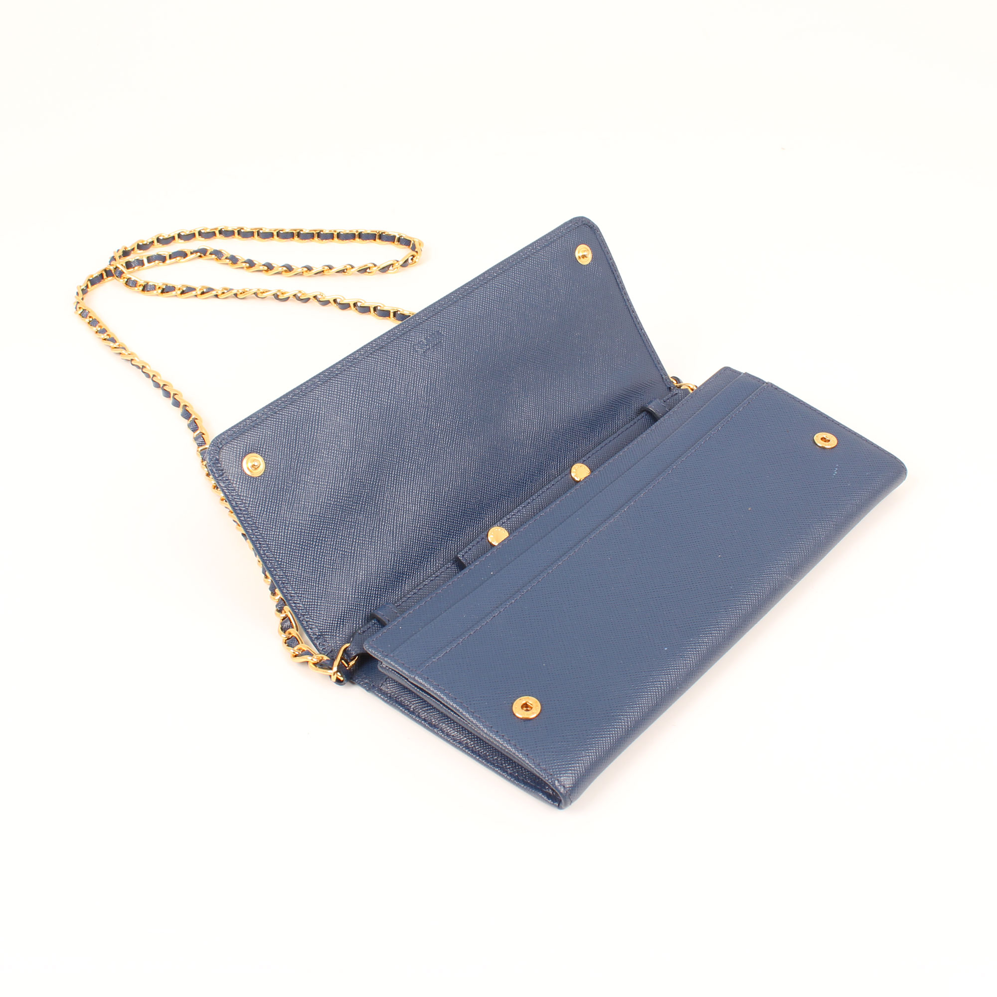 bolso-prada-wallet-on-chain-saffiano-metal-bluette-azul-abierto