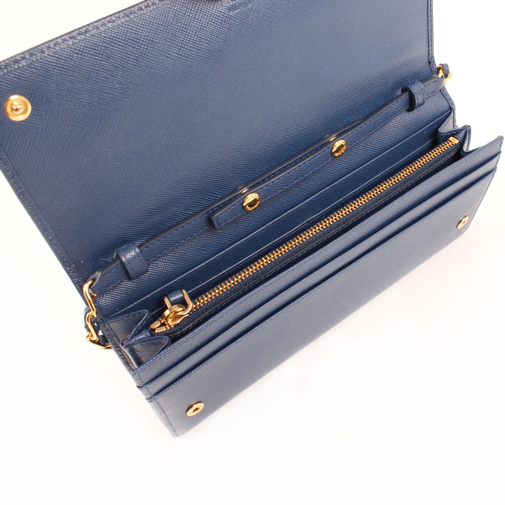 bag-prada-wallet-on-chain-saffiano-metal-bluette-blue-interior