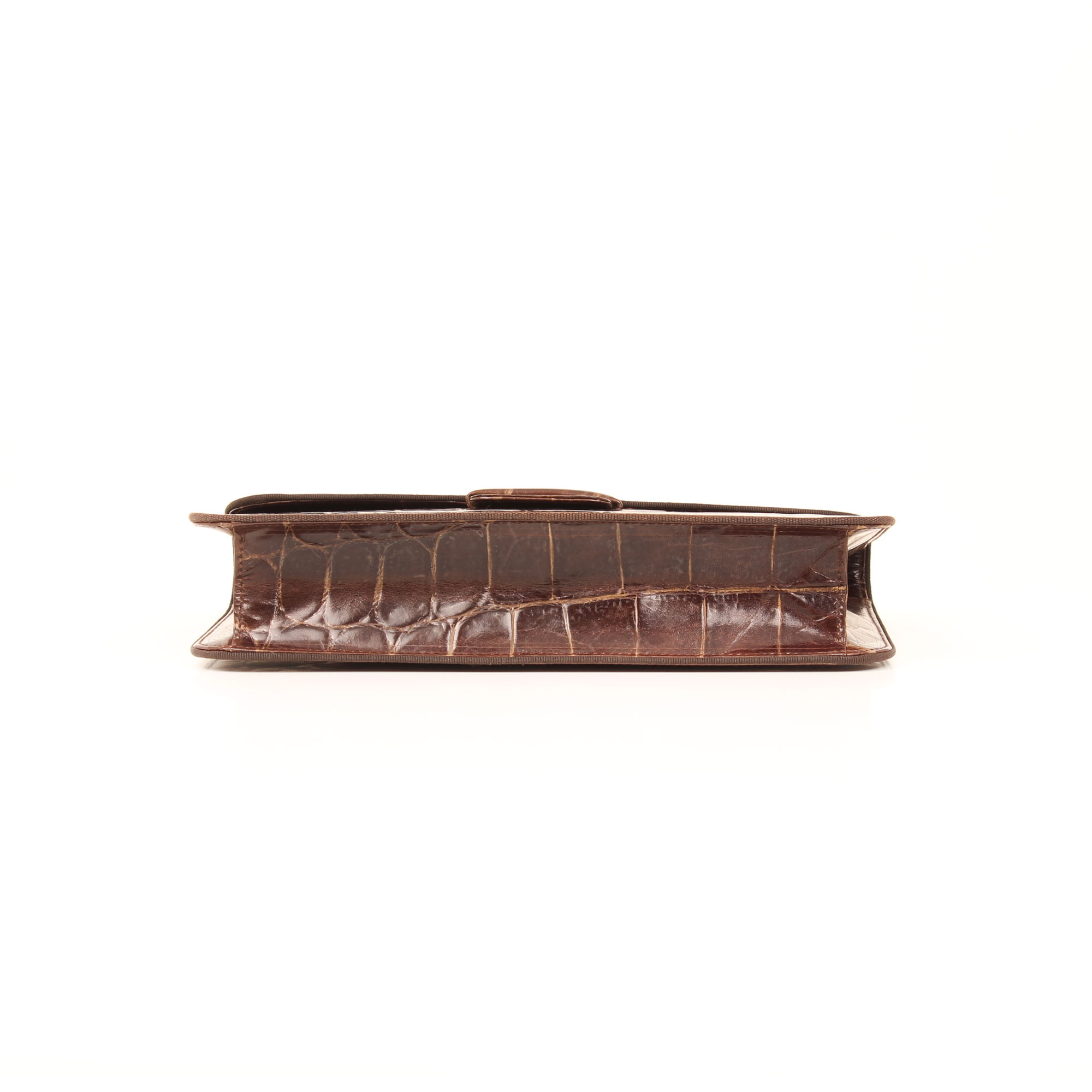 Imagen de la base del armani clutch alligator marron