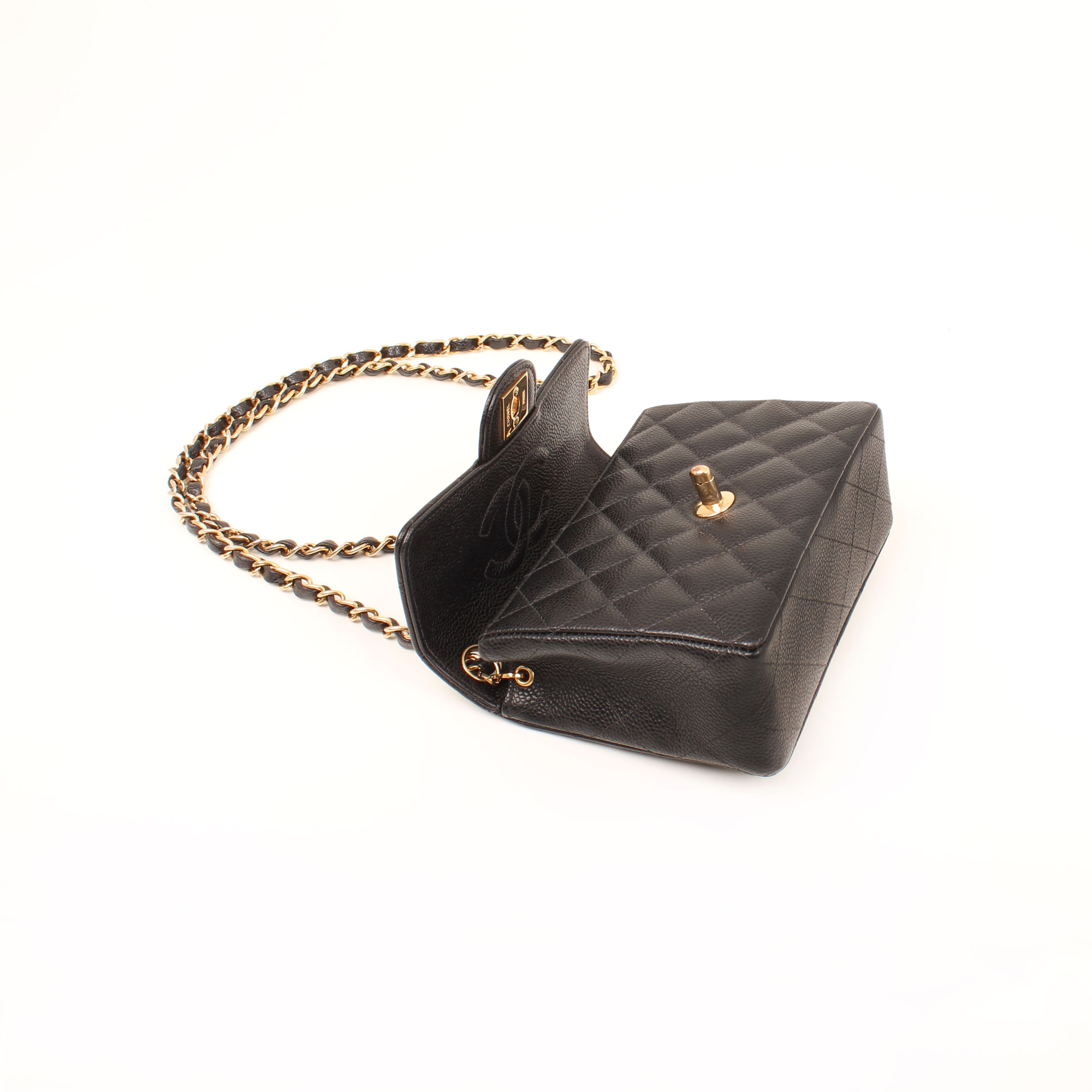 bolso-chanel-mini-caviar-negro-single-flap-abierto