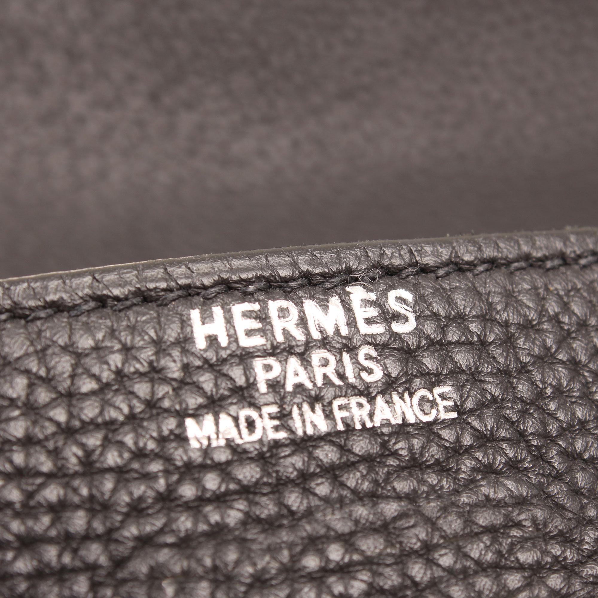 Imagen de la firma del bolso hermes kelly 40 fjord negro