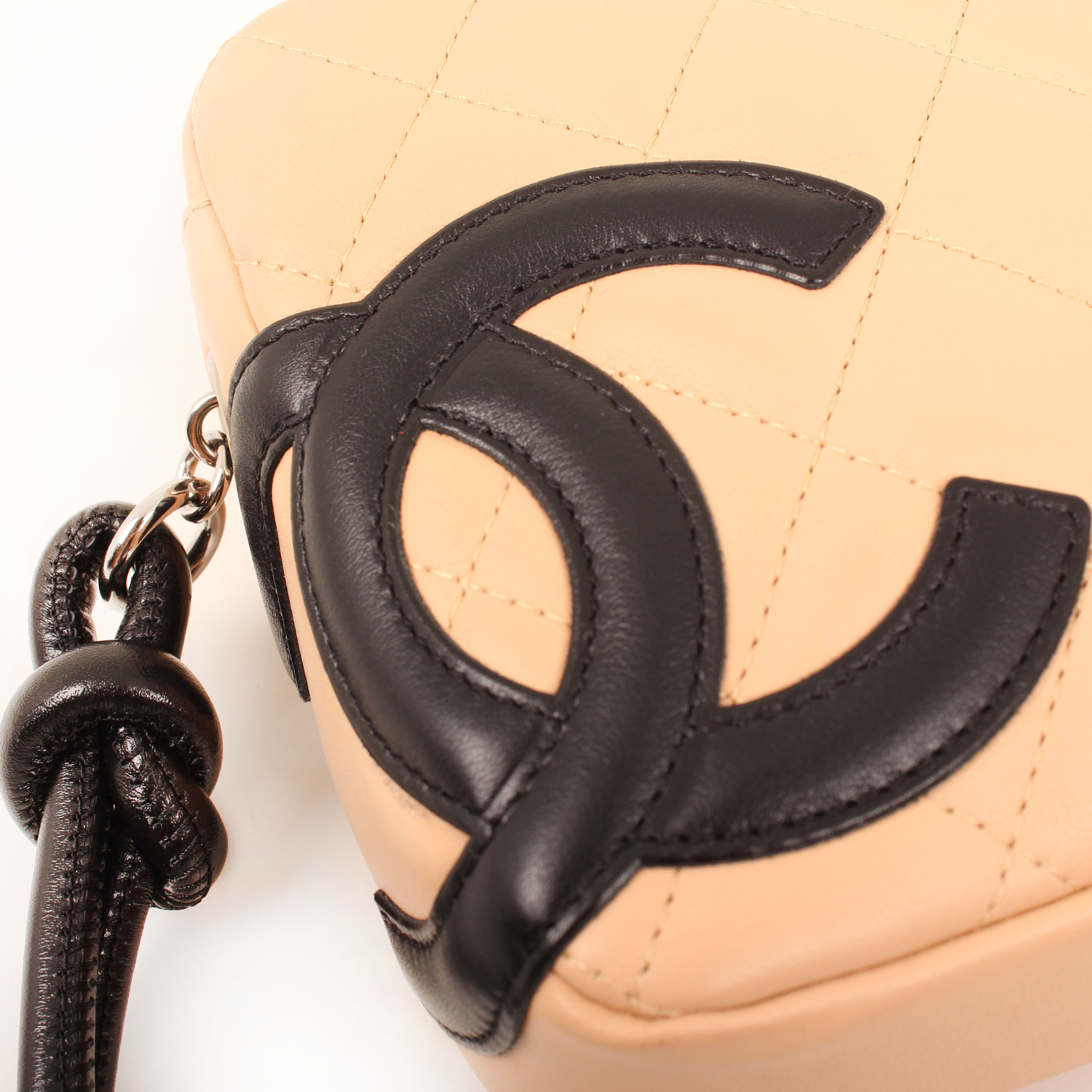 pochette chanel cambon quilted nude logo
