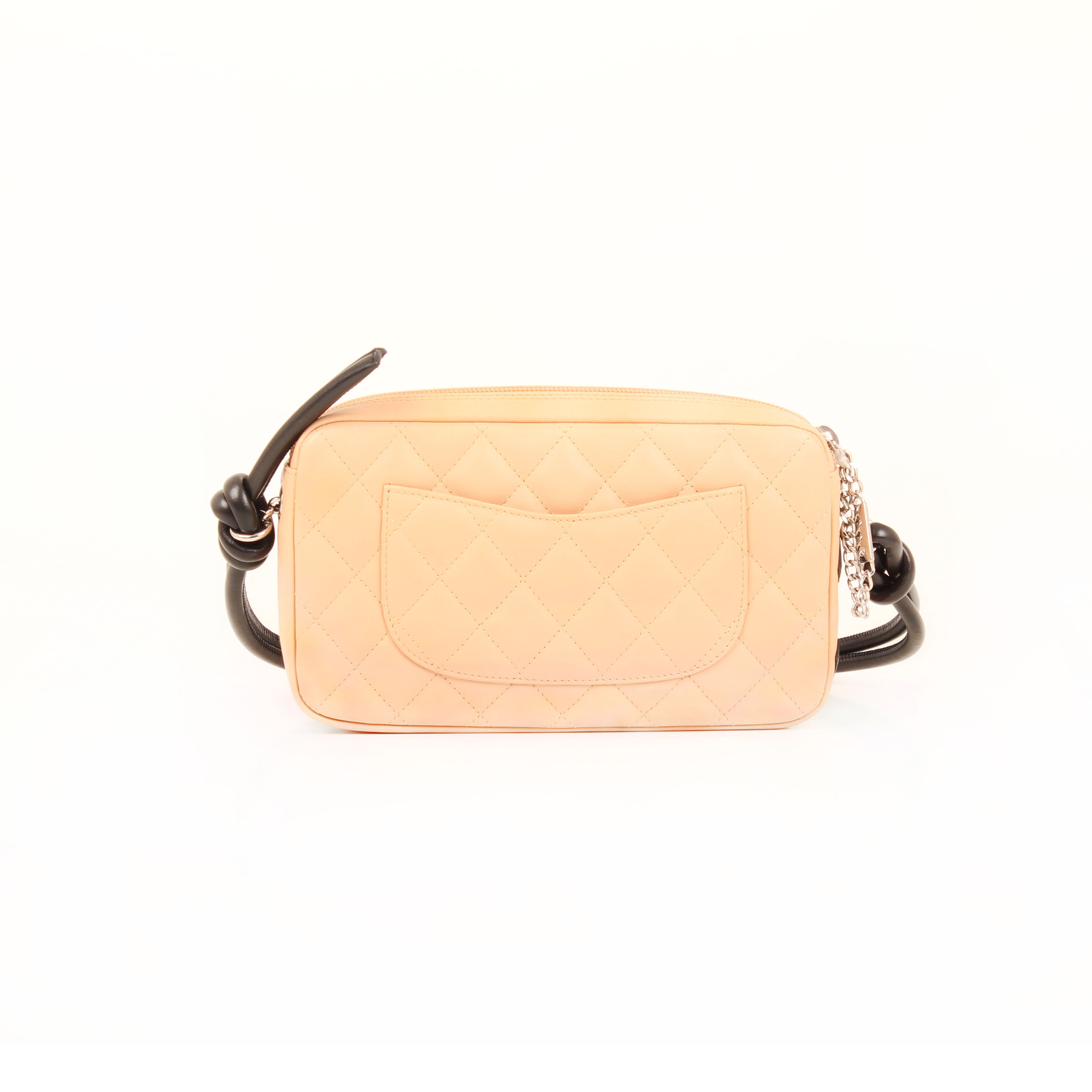 pochette chanel cambon quilted nude trasera