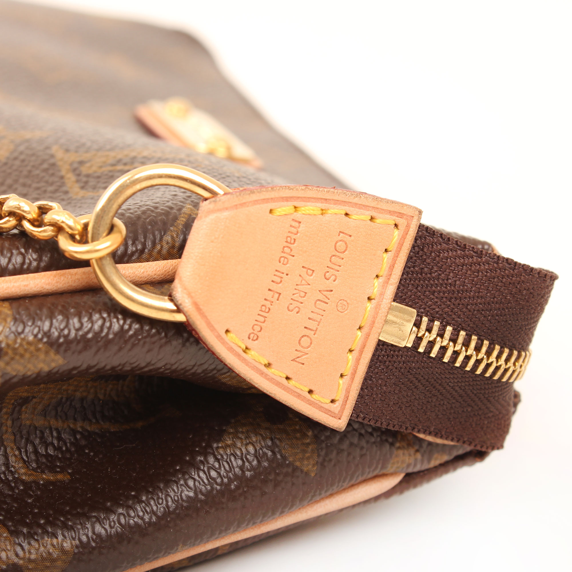 pochette-louis-vuitton-eva-monogram-brand-zip