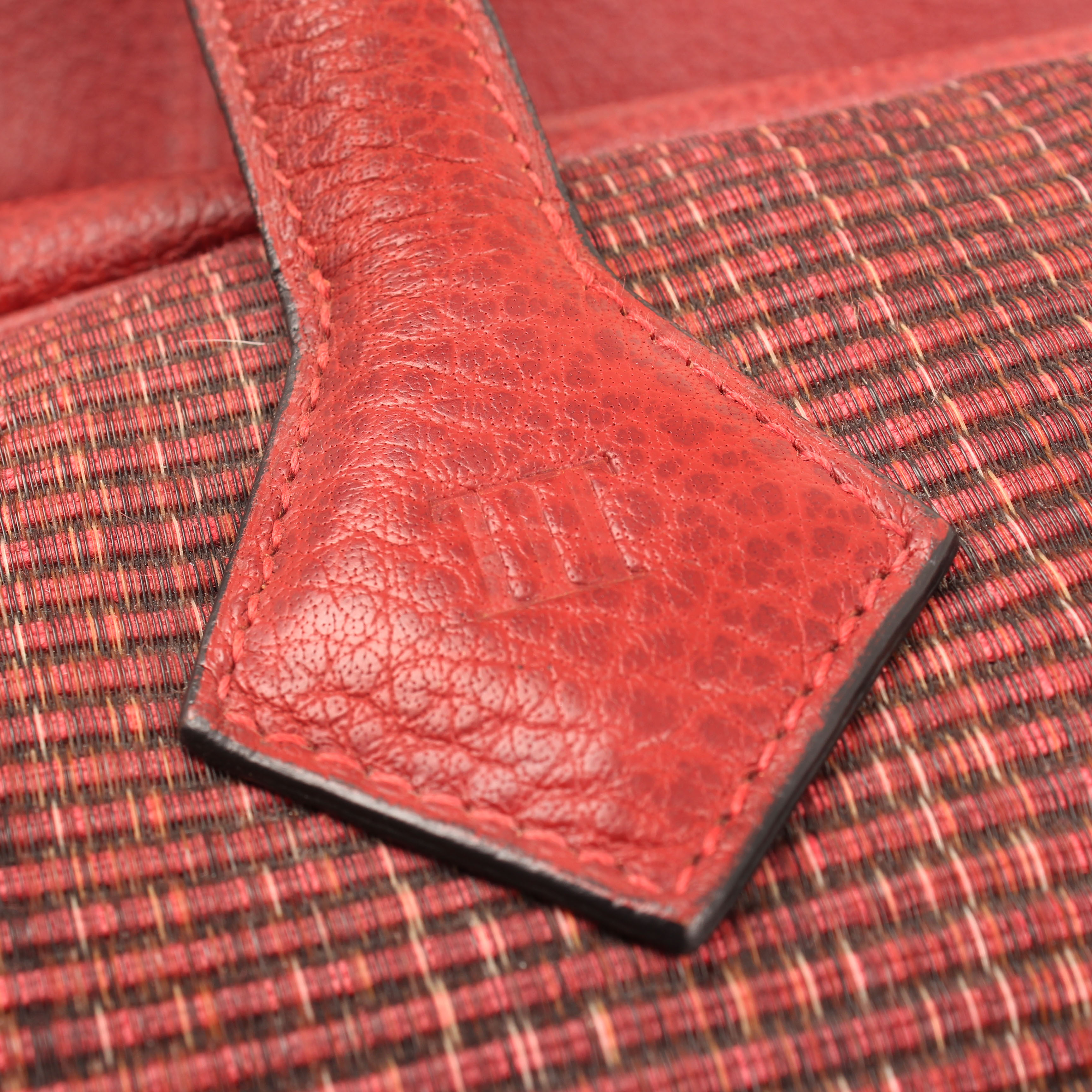 bolsa de viaje hermes victoria II piel bufalo crinolina rouge sello
