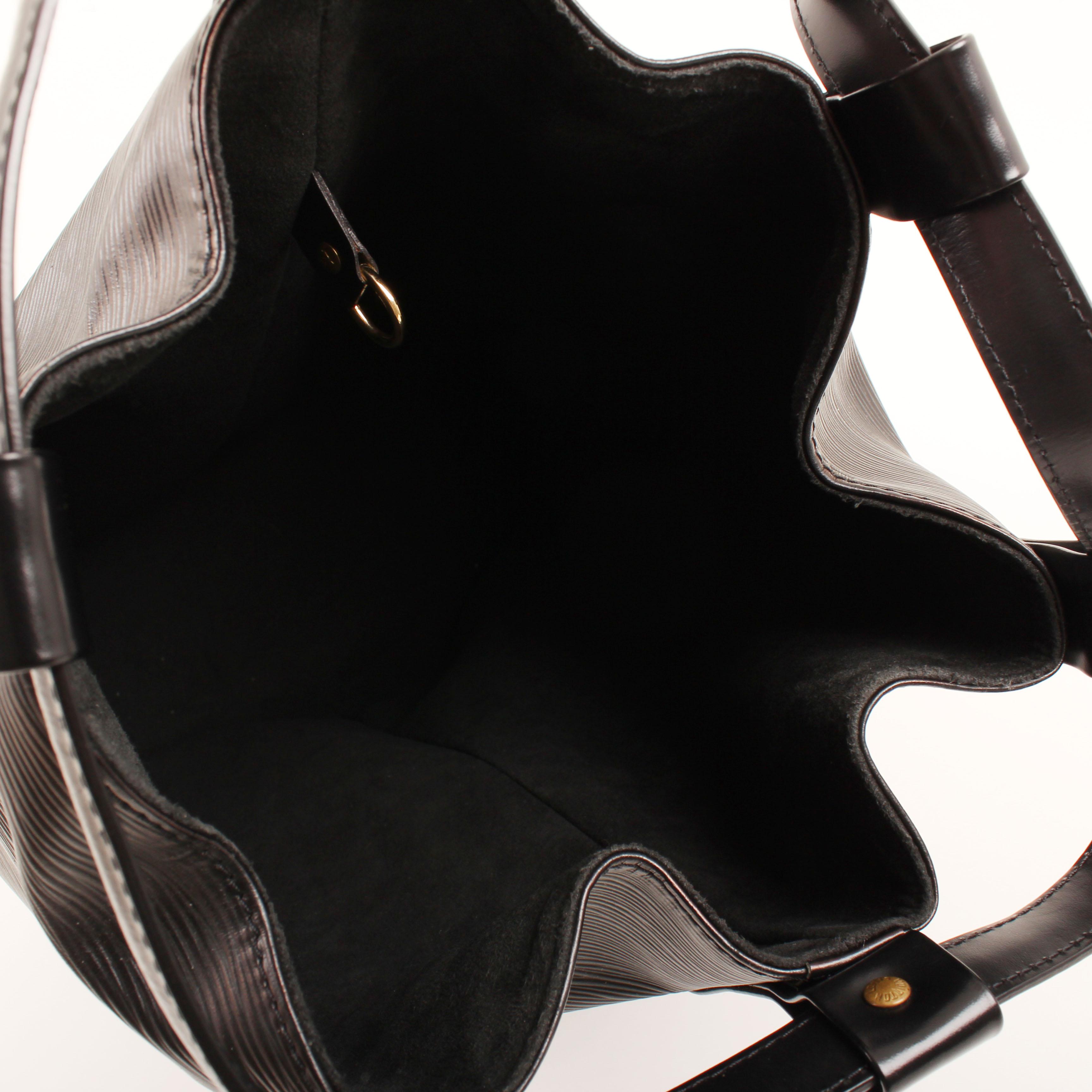 bag louis vuitton randonnee black epi interior