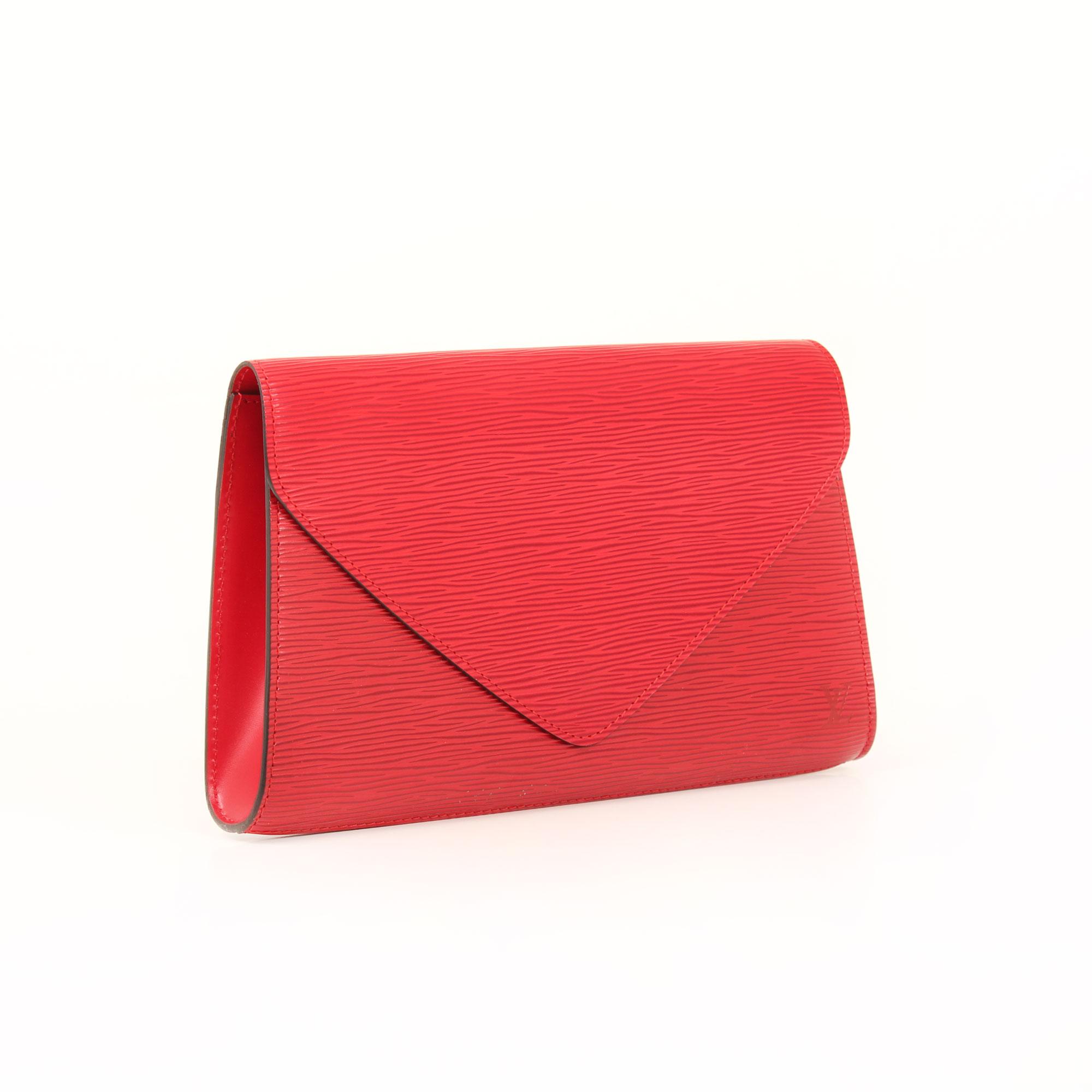 Imagen general del clutch louis vuitton vintage piel epi rojo