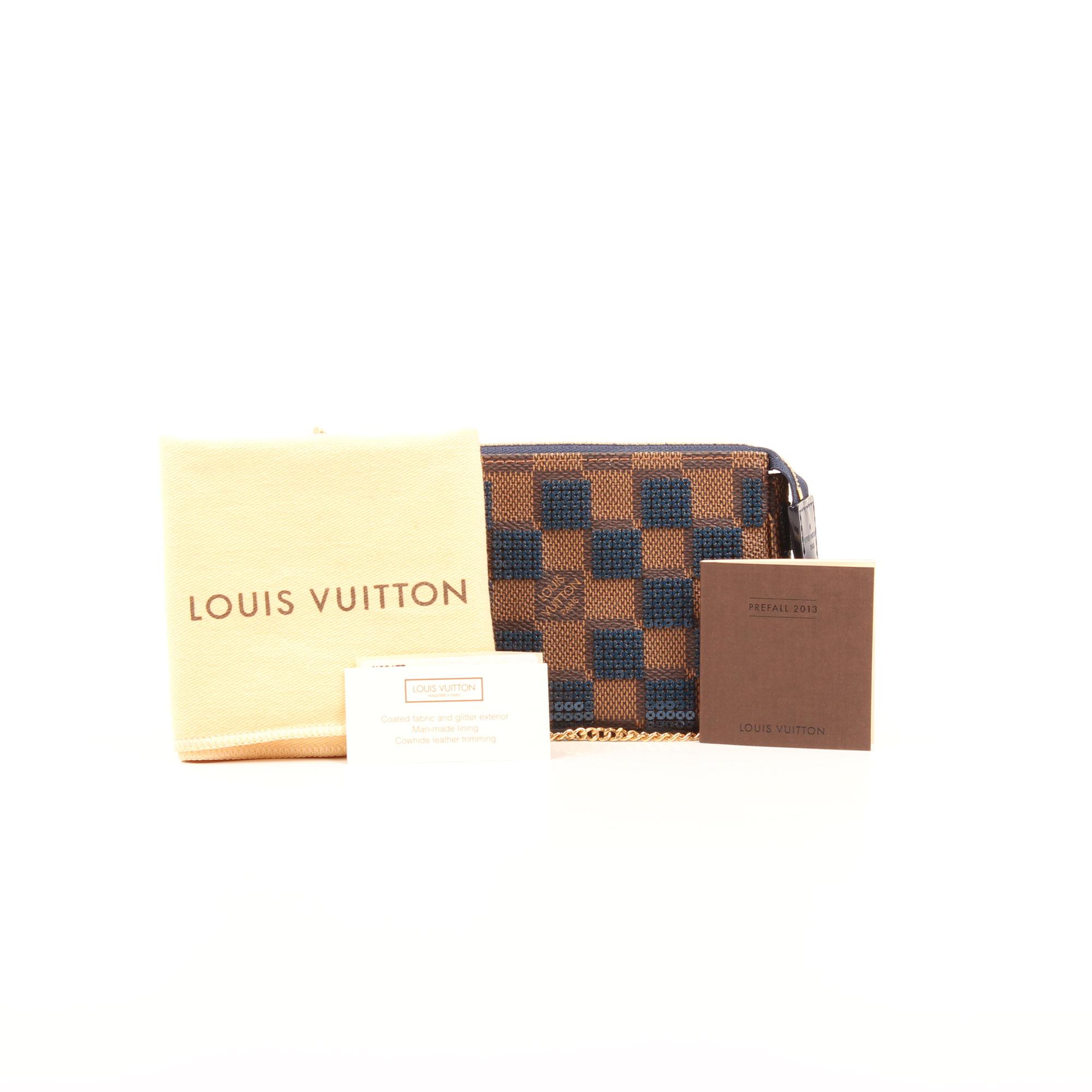 Imagen del dustbag y extras de la pochette louis vuitton damier paillettes mini accessories