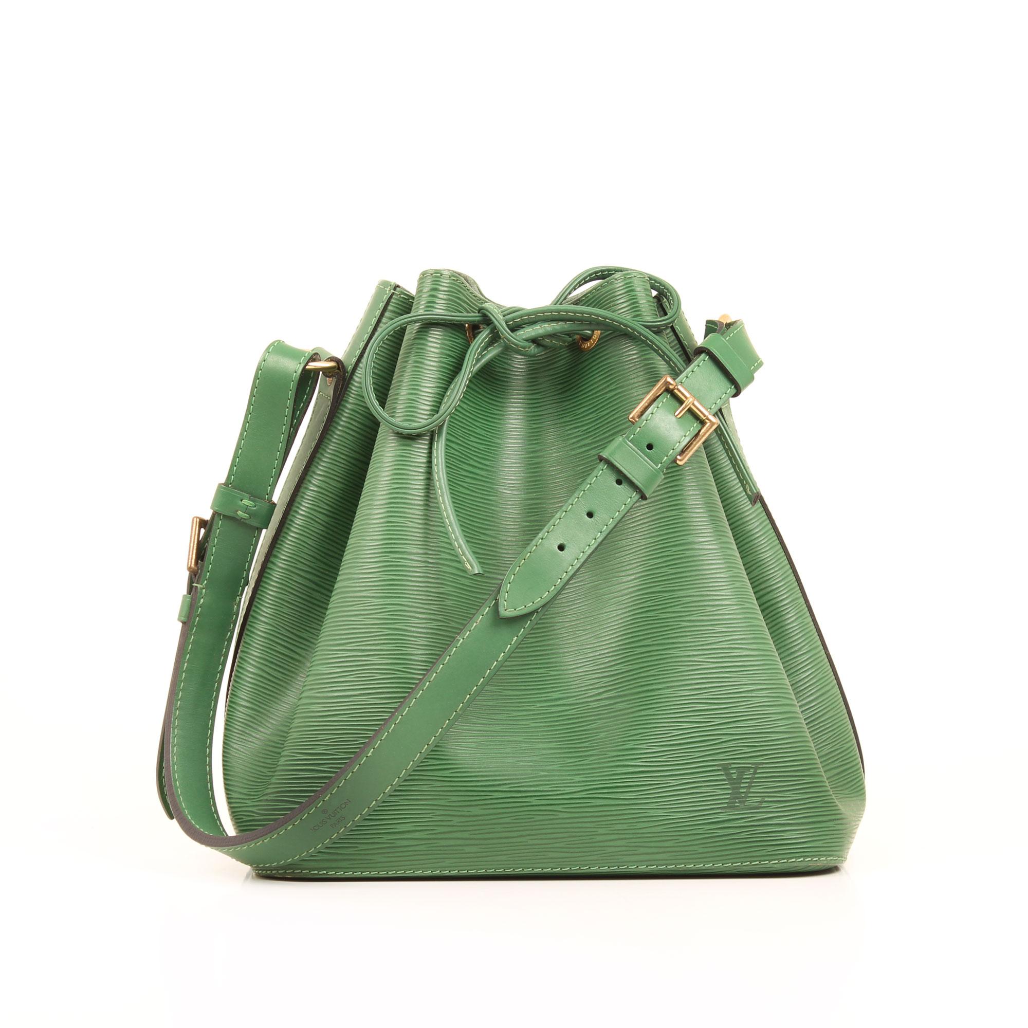 shoulder bucket bag louis vuitton noe epi green front