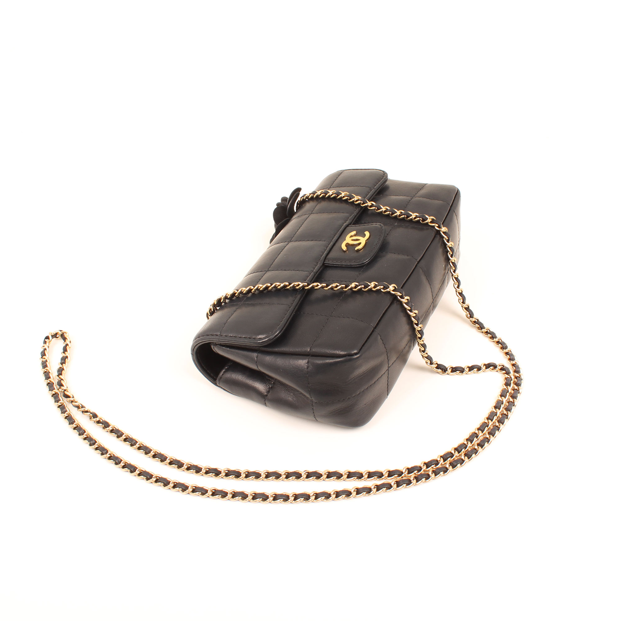 Imagen general 2 del bolso chanel mini crossbody chocolate bar navy blue camelia