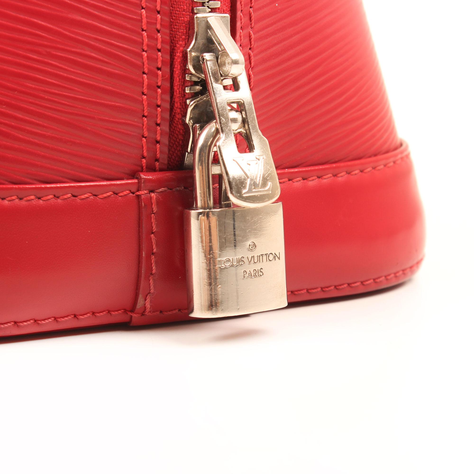 bolso de mano louis vuitton alma pm rojo epi detalle candado