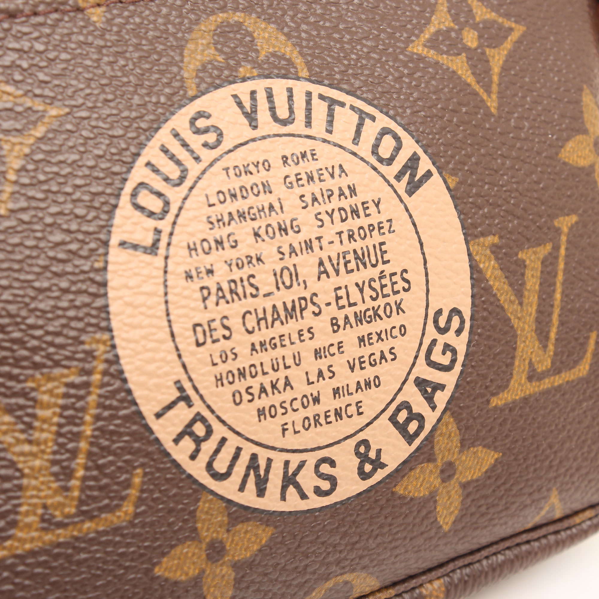 louis vuitton mini pochette accesoires bags trunks monogram estampado