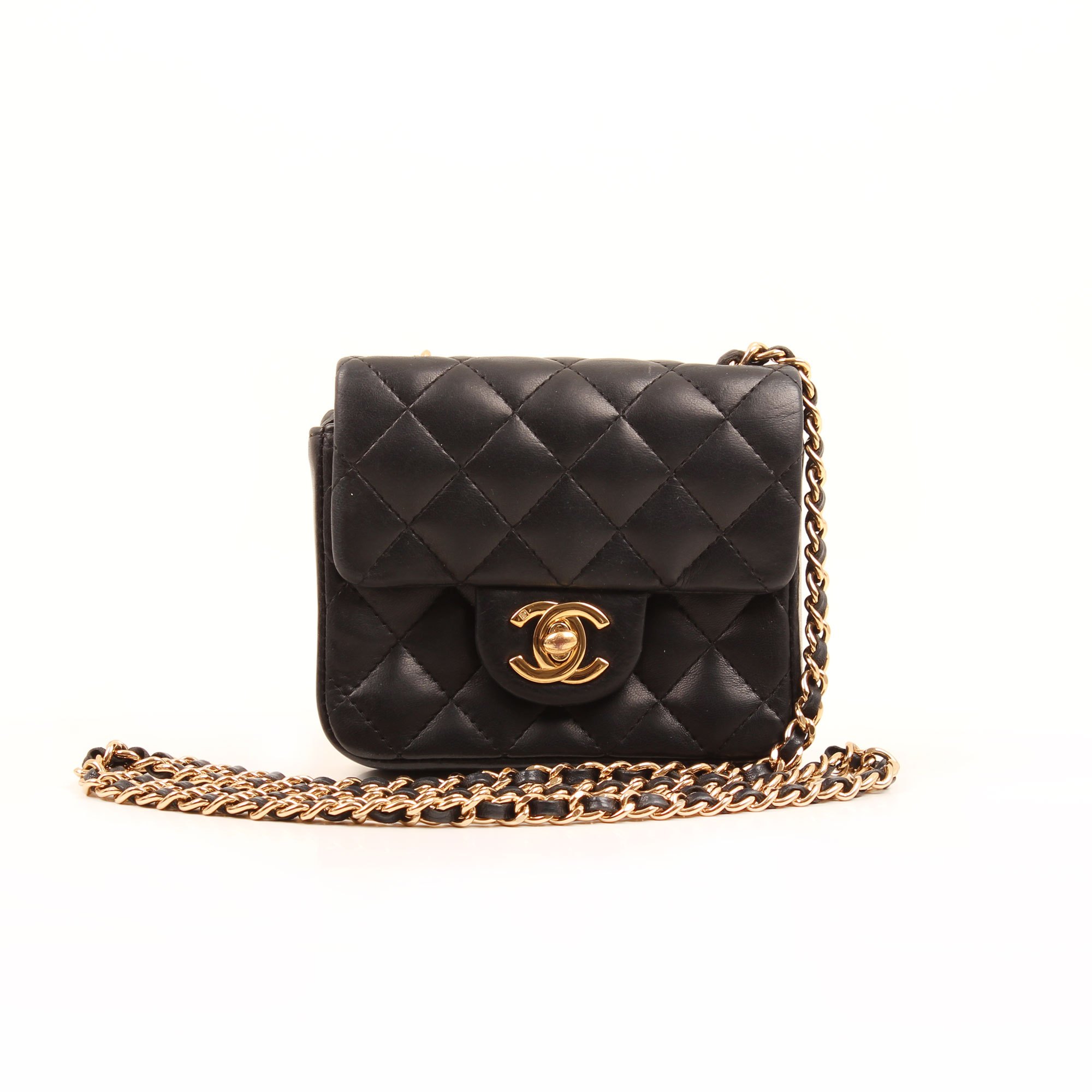 Imagen frontal del bolso chanel micro mini black