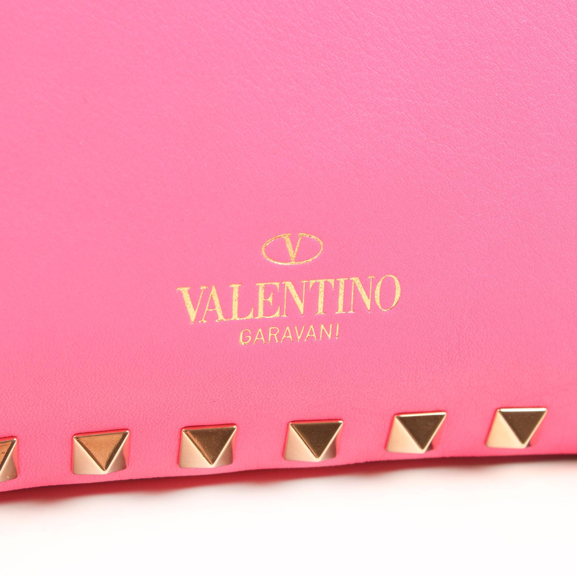 Imagen del dustbag del bolso valentino mini rockstud rosa