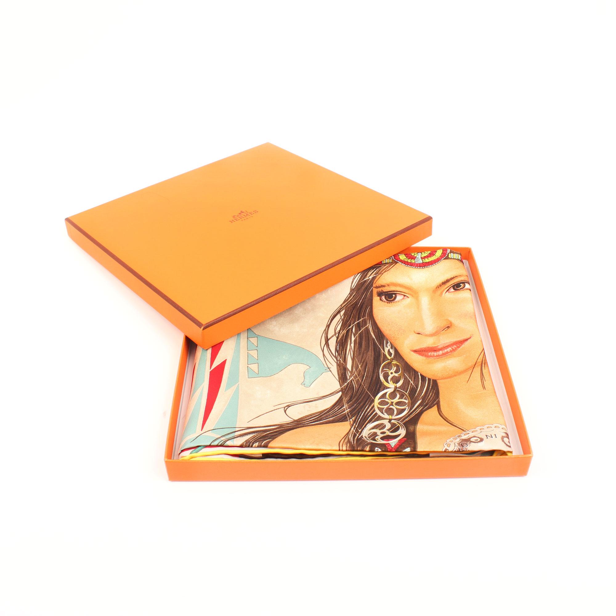 Imagen de la caja del carre de hermes princesa wakoni amarillo verde rojo