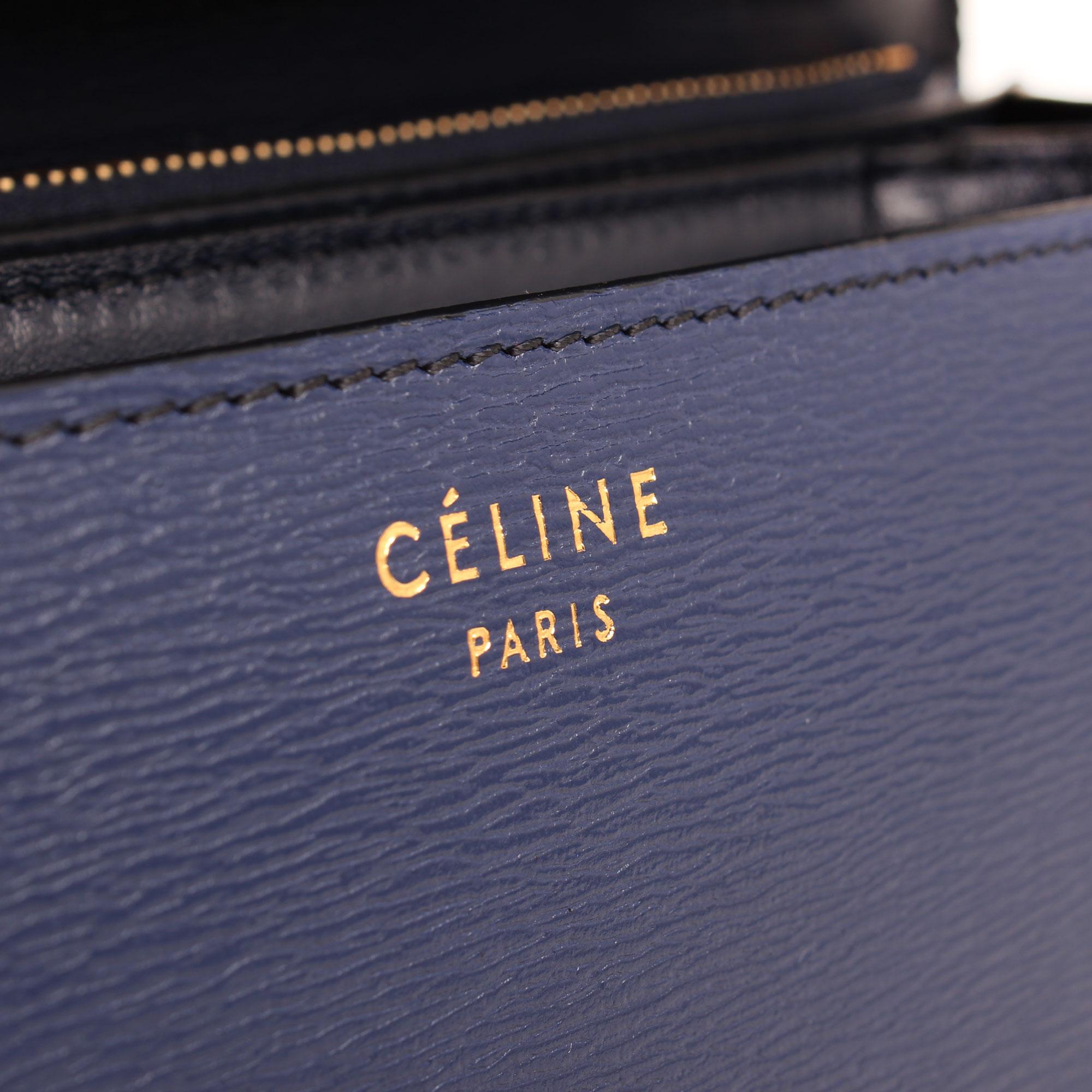 Imagen del detalle del bolso celine box bag azul