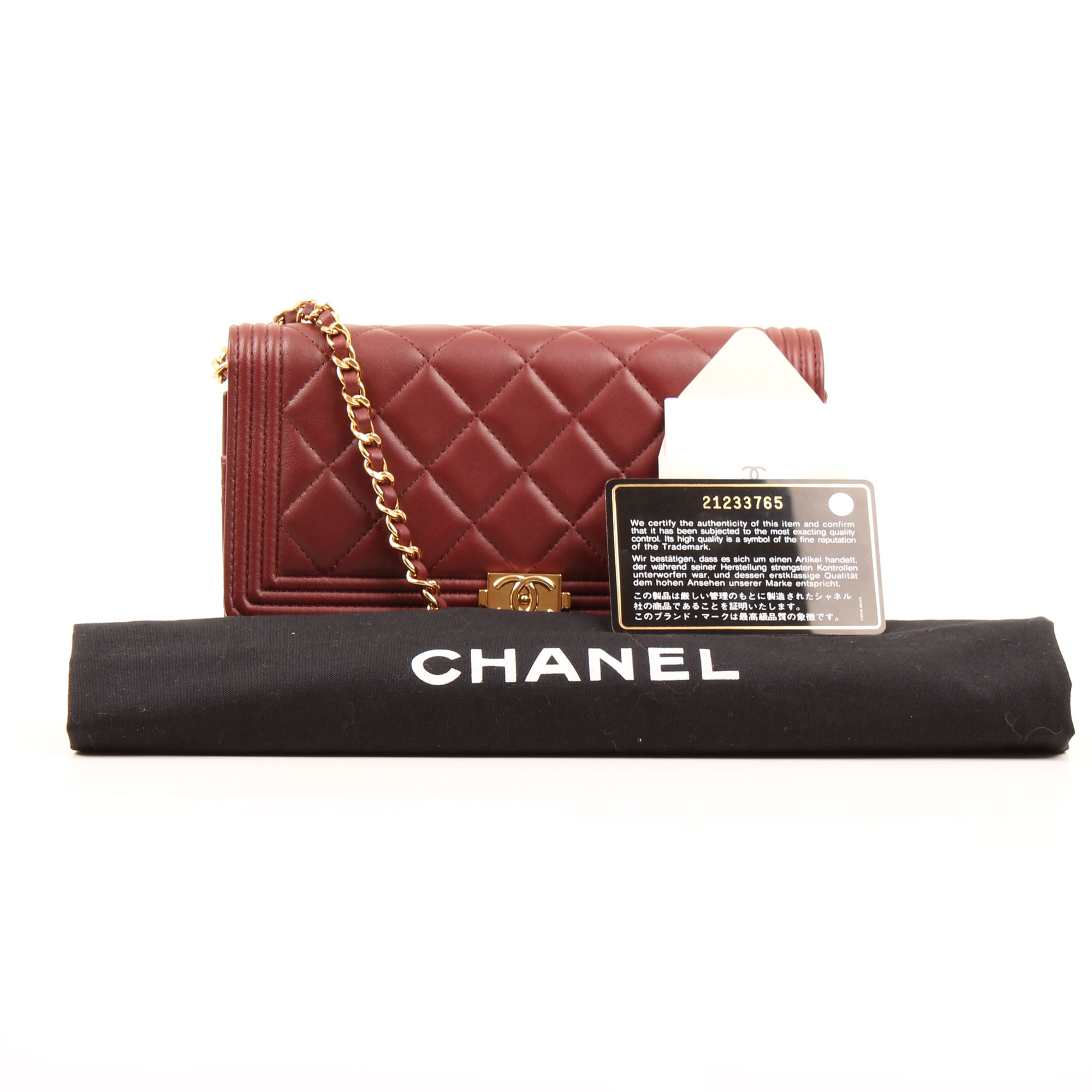 Imagen del bolso del bolso chanel woc boy terracota