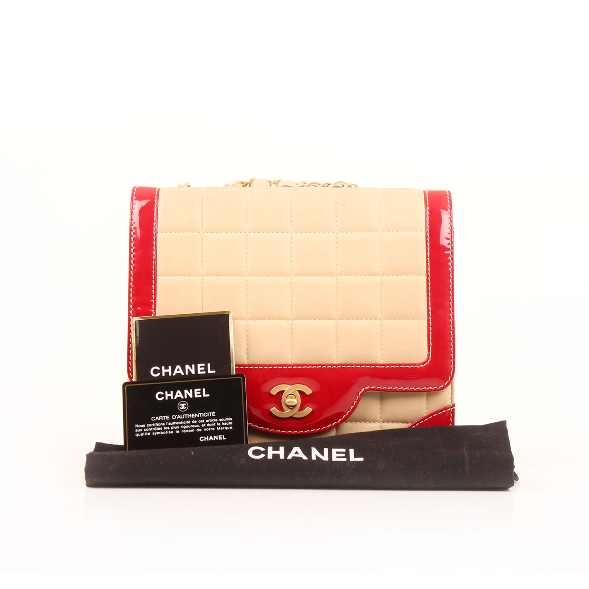 Imagen de los extras del bolso chanel bicolor choco bar solapa unica