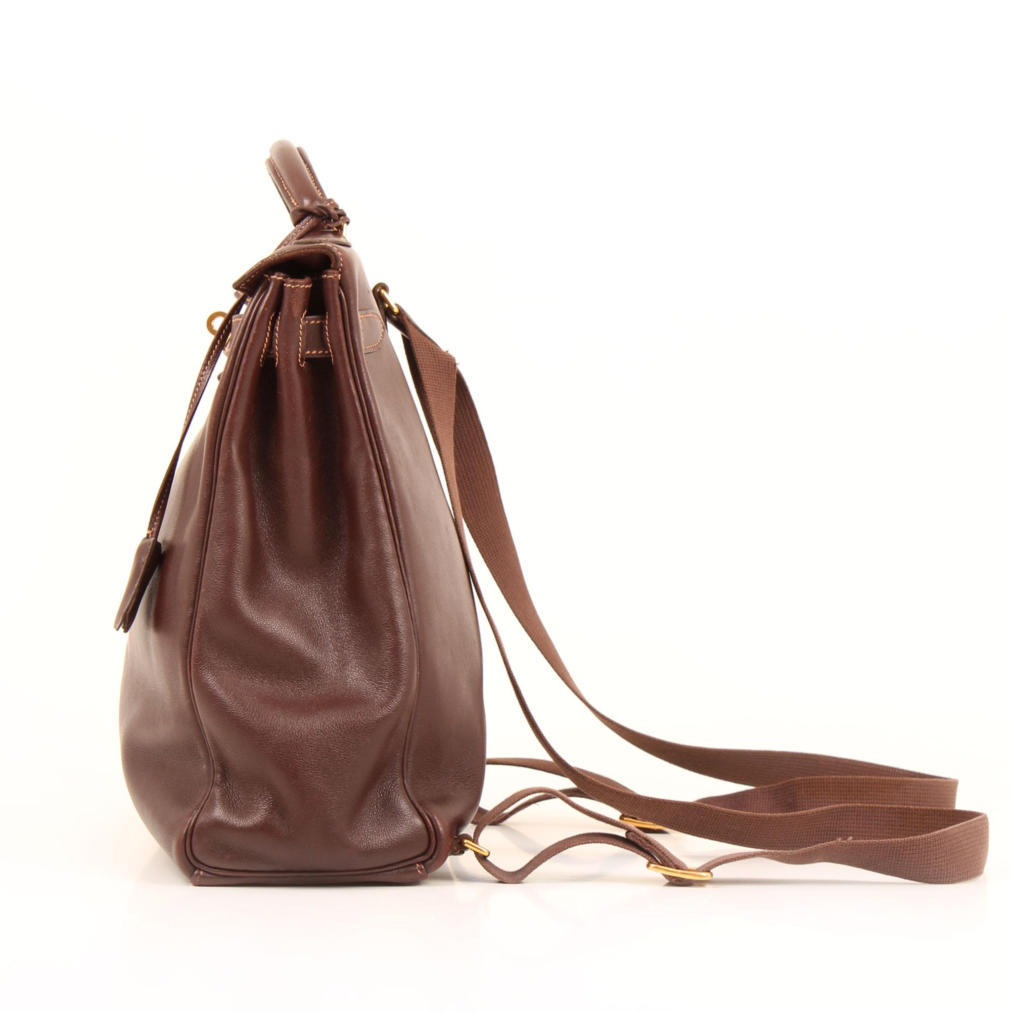 Imagen lateral del hermes kelly a dos box calf terre lateral